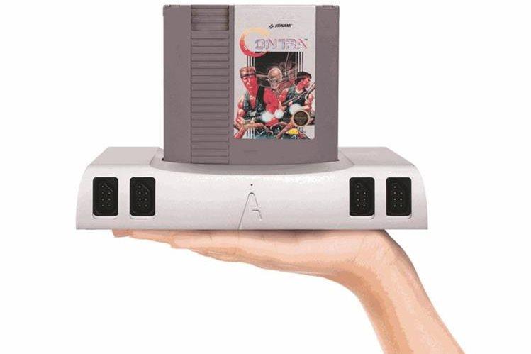 Analogue Nt mini destaca por su diseño estilizado de aluminio. Puede usarse para jugar títulos de la clásica NES. (Foto: Hemeroteca PL).