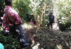 Lugar donde fue encontrado el cadáver de una niña en Patzún, Chimaltenango. (Foto Prensa Libre: Víctor Chamalé).