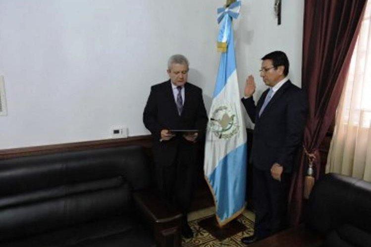 Fredy Óscar Argueta Mérida fue nombrado gobernador de Quiché. (Foto Prensa Libre: cortesía Presidencia)
