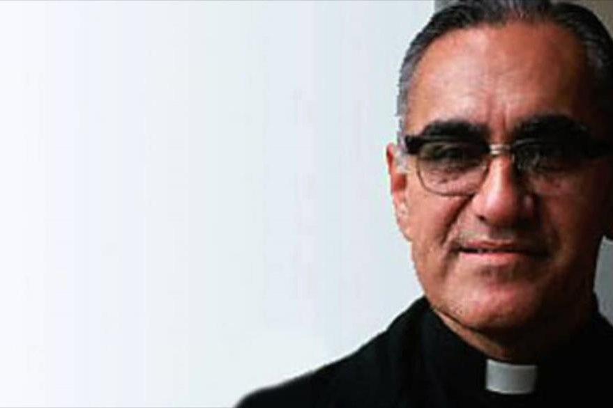 Monseñor Romero, mártir de la iglesia, fue asesinado el 24 de marzo de 1980 mientras oficiaba una misa. (Foto: Youtube).