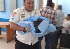 La recién nacida fue llevada al hospital Modular de Chiquimula. (Foto Prensa Libre: Cortesía CVB)