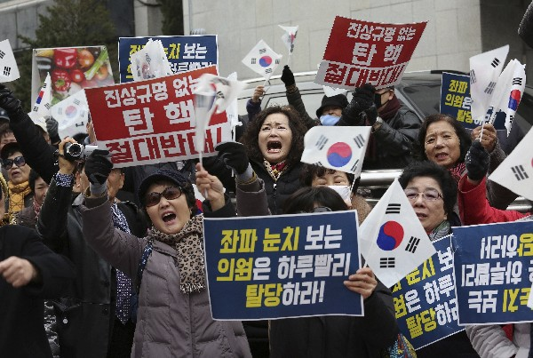 El Parlamento de Corea del Sur aprobó la destitución de la presidenta