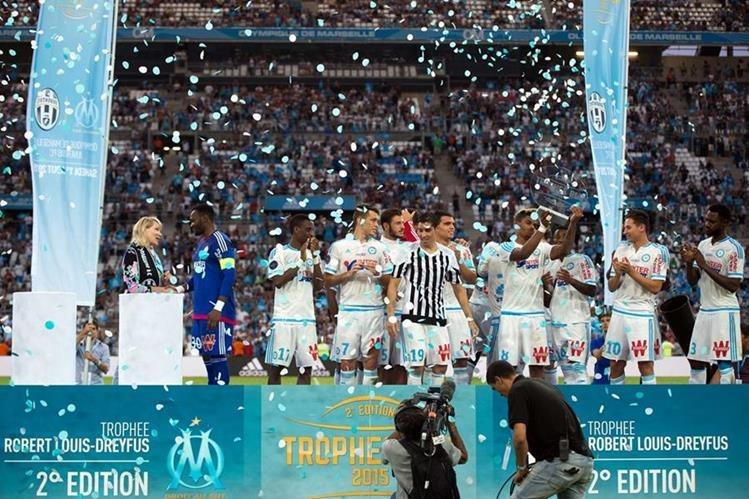 Así celebró el conjunto francés su triunfo ante la Juventus. (Foto Prensa Libre: AFP)