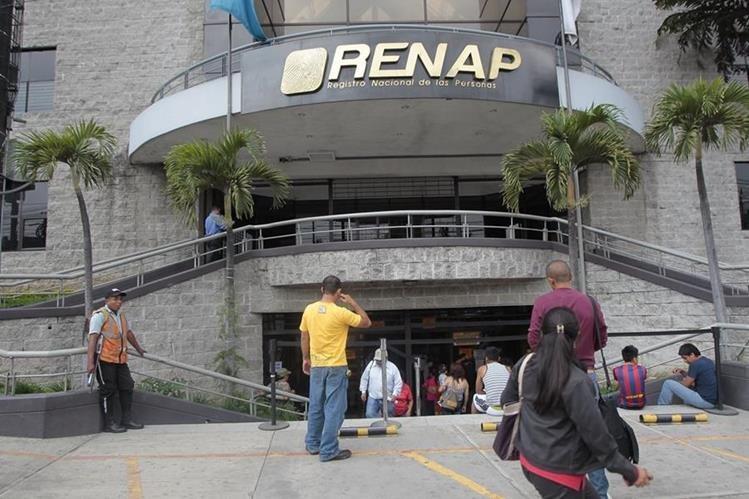 El Registro Nacional de las Personas fue denunciado ante el Ministerio Público por incumplimiento de pago. (Foto Prensa Libre: Hemeroteca PL)