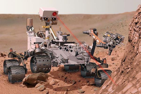 El robot Curiosity halló indicios de agua salada en Marte. (Foto Prensa Libre: AP).