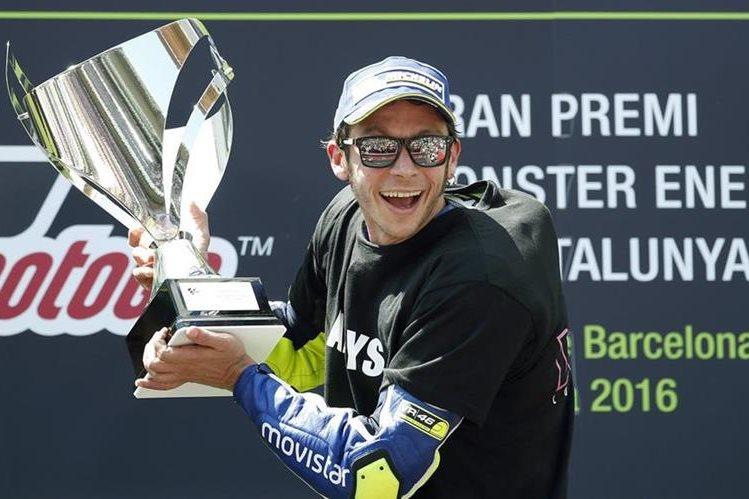 Rossi dio un golpe de autoridad en el Gran Premio de Cataluña. (Foto Prensa Libre: EFE)