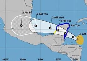 Trayectoria de la tormenta Franklin, la cual se dirige a la península de Yucatán, México. (Foto Prensa Libre: Conred)