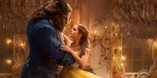 Escena de la nueva película de Disney La Bella y la Bestia. La cinta ha generado polémica al anunciar que uno de sus personajes es homosexual. (Foto Prensa Libre: Hemeroteca PL).