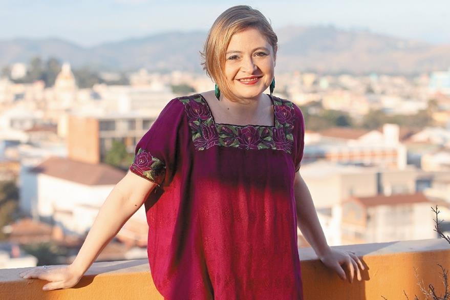 La guatemalteca Magda Angélica promociona el tema Libélula. (Foto Prensa Libre: Álvaro Interiano)