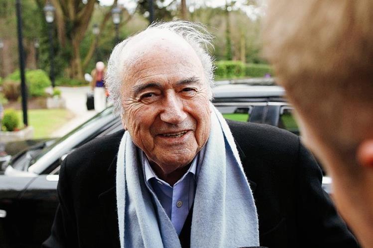 El aún presidente de la Fifa, Joseph Blatter afirma que quien le diga corrupto debe de demostrarlo. (Foto Prensa Libre: EFE)