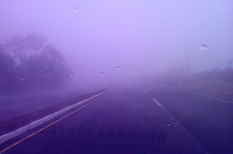 Por momentos la lluvia aparece en las regiones del occidente.