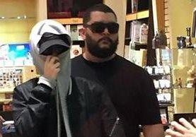 Krizz Solano hizo una representación de Justin Bieber en un centro comercial costarricense que pareció fidedigna para muchos.