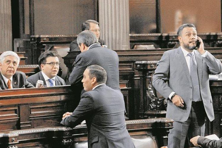 Pugnas por presidir la Junta Directiva del Congreso provocó que se rompiera la semna pasada el acuerdo entre diputados para aprobar el plan de gastos. (Foto Prensa Libre: Hemeroteca PL )
