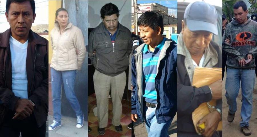 Capturados en Acatenango, Chimaltenango, y El Palmar, Quetzaltenango, son investigados por casos de corrupción en municipalidades. (Foto Prensa Libre: Carlos Ventura y Víctor Chamalé)