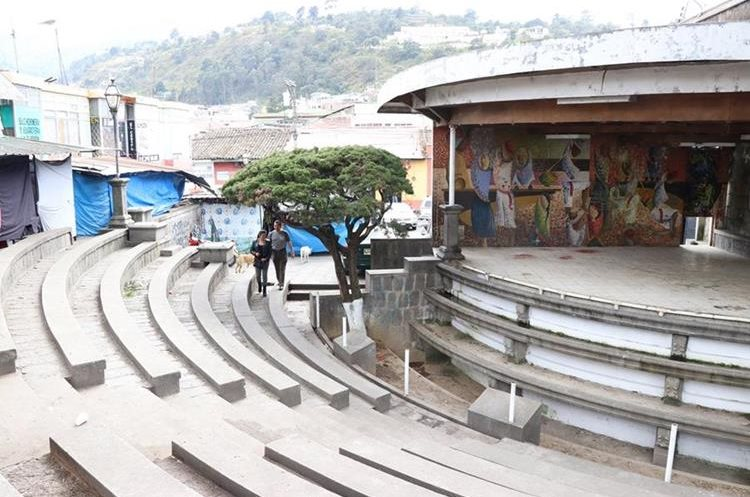 La Plazuela del Marimbista está en la 11 avenida de la zona 1 de Xela. (Foto Prensa Libre: María José Longo)