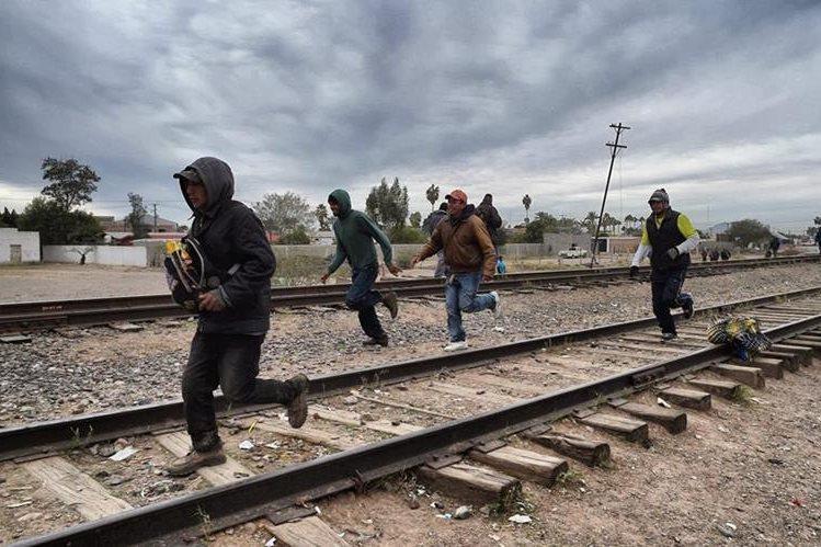 Autoridades advierten de los constantes peligros para los inmigrantes durante la travesía por México. (Foto: Hemeroteca PL)