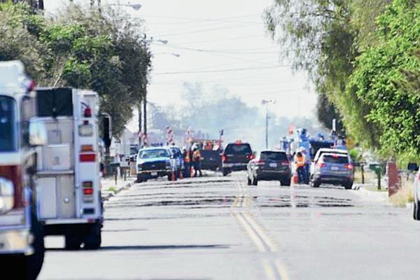 La autopista cerca de Fresno, California estuvo cerrada por varias horas. (Foto Prensa Libre:AP)