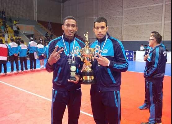 Reyes junto a Leonardo Blanco, era compañeros de selección. (Foto redes sociales).