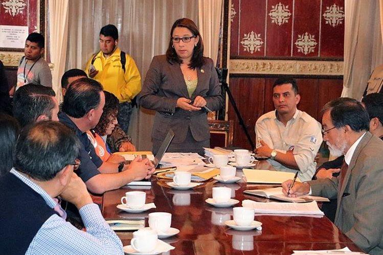 La gobernadora de Quetzaltenango, Claudia Ávila, podría dejar el cargo en los próximos días. (Foto Prensa Libre: Carlos Ventura)
