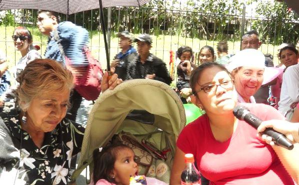Joseline Samayoa lleva alrededor de cuatro años de ver la Huelga. (Foto Prensa Libre: Beatriz Tercero)