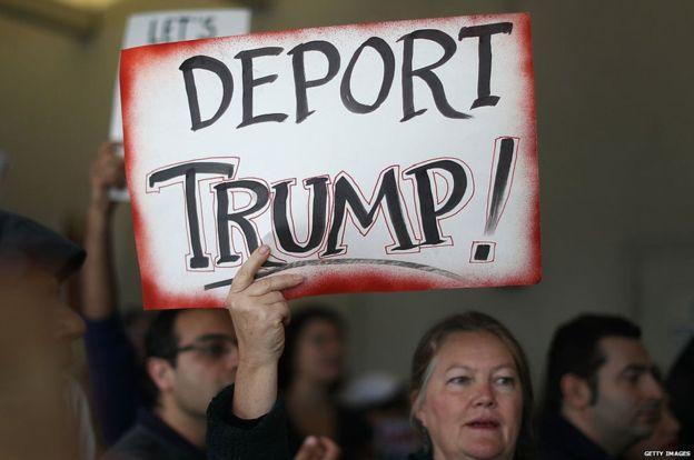 Miles de personas se han manifestado en EE.UU. a favor de los inmigrantes y en contra de Trump. GETTY IMAGES