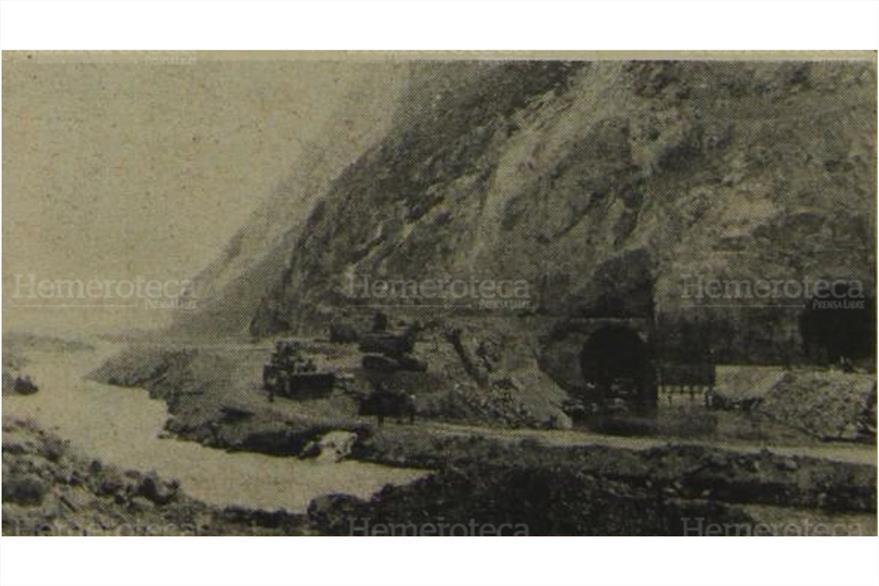 26/03/1979 Desvío del caudaloso río Chixoy el cual surtía a Pueblo Viejo. (Foto: Hemeroteca PL)