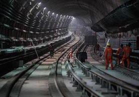 Trabajadores en el tren subterráneo de Río de Janeiro. (Foto Hemeroteca PL)