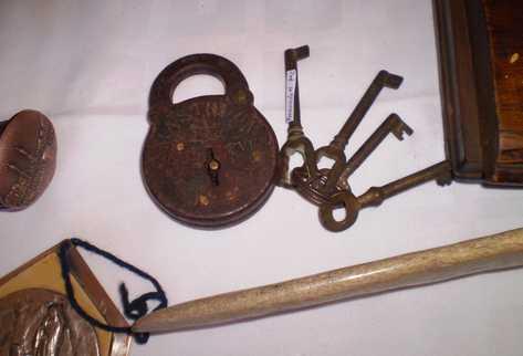 Reciclaje de objetos antiguos para la decoraci n for Reciclaje de muebles antiguos