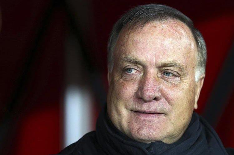 Holanda nombra a Advocaat como técnico de su selección