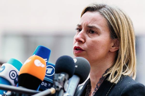 La jefa de política exterior de la Unión Europea, Federica Mogherini,dijo que espera que la operación sea lanzada el próximo mes. (Foto Prensa LIbre:AFP)