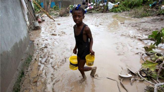 Haití, el país más pobre de América, golpeado de nuevo por una catástrofe natural. AP