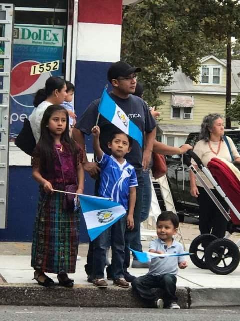 El amor a la patria supera las fronteras. (Foto Prensa Libre: Cortesía Gabriela Colop)