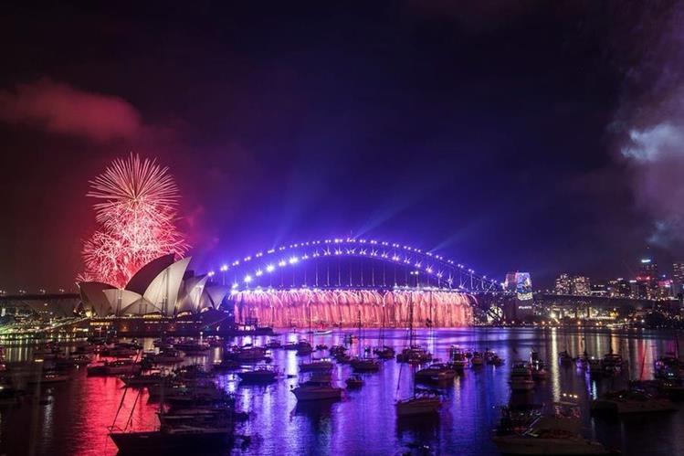 Sydney brindó homenaje al artista Prince. (Foto Prensa Libre: @serpan99)