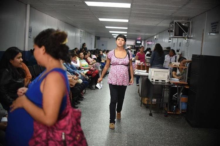 Las madres deben contribuir eficientemente para el desarrollo integral de los menores. (Foto Prensa Libre: Hemeroteca PL)