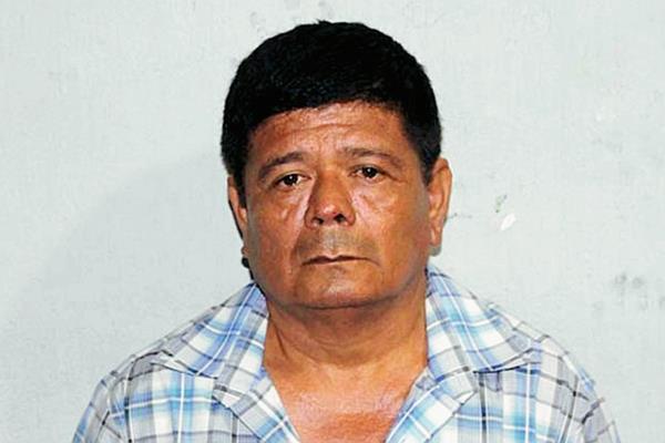 El extesorero de la Municipalidad de Santa Ana, Petén, Carlos Alberto Ortíz Morán, fue capturado por la PNC señalado de peculado. (Foto Prensa Libre: Walfredo Obando)