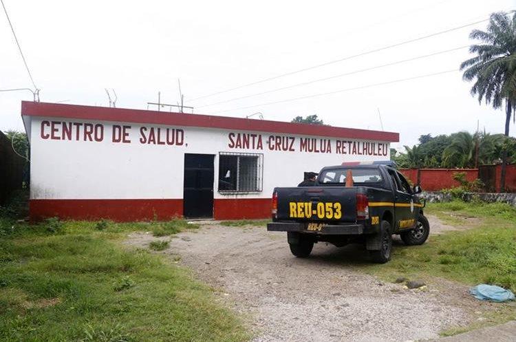 Centro de Salud donde se registró el robo. (Foto Prensa Libre: Rolando Miranda).