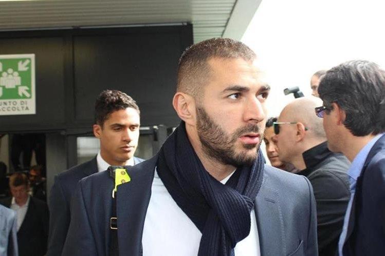 La única prohibición que le dejaron a Benzema es que no contacte con el resto de imputados en el caso del presunto chantaje con un vídeo sexual a Valbuena. (Foto Prensa Libre: Hemeroteca)