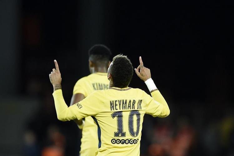En poco encuentros con el PSG, Neymar ha brillado con luz propia y se esfuerza por ser mejor. (Foto Prensa Libre: AFP)