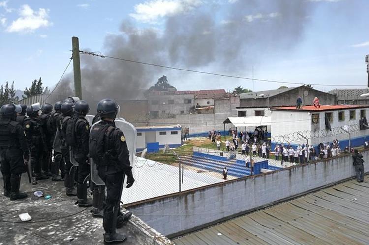 Motín en correccional de menores deja dos muertos en Guatemala