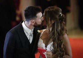 El astro del futbol se casa en privado en su natal Rosario