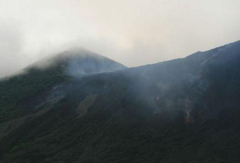 El volcán de Pacaya tiende a aumentar su actividad. (Foto Prensa Libre: Archivo)