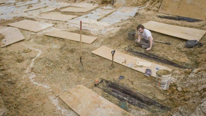 La universidad descubrió los primeros ataúdes mientras construían una carretera en 2013. UNIVERSIDAD DE MISISIPI