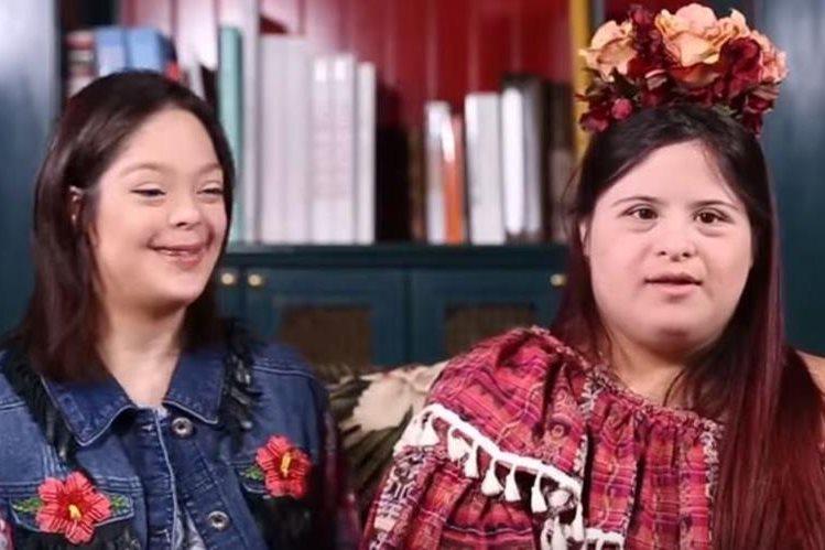 Isabella Springhmuhl, de 20 años, diseña ropa inspirada en indumentaria tradicional. (Foto Prensa Libre: La Prensa)