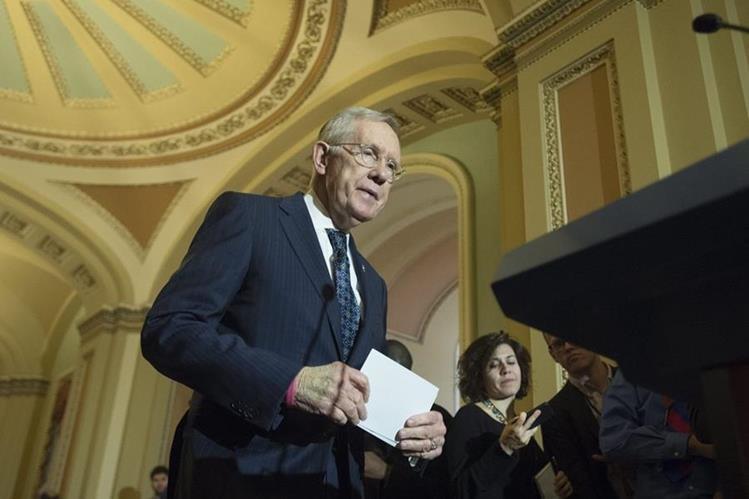El líder de la minoría demócrata en el Senado, Harry Reid. (Foto Prensa Libre: EFE).