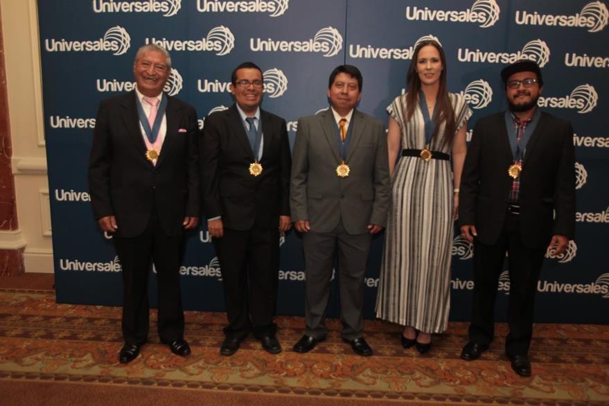 Guatemaltecos  Ilustres 2015:  José  Lepe, Adrián Catalán,  Edmin López, Isabel Arzú y Juan Pablo Romero. (Foto Prensa Libre: Edwin Castro)