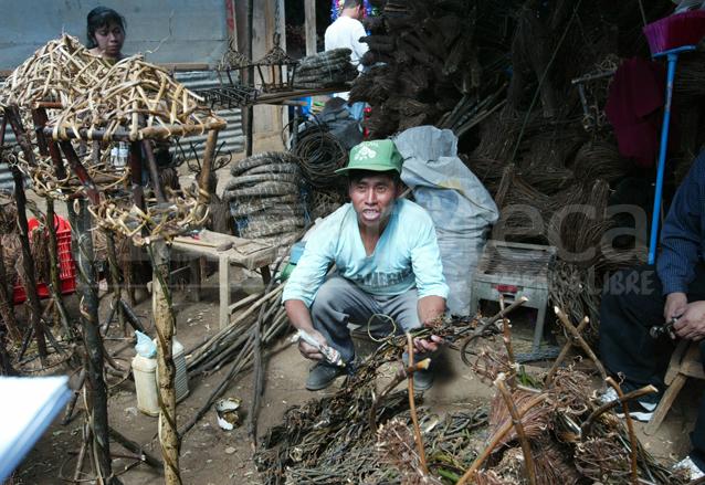 Artesan as navide as con toque guatemalteco for Artesanias navidenas