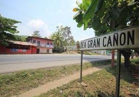 Ubicación de la aldea Gran Cañón, en Morales, Izabal, donde dos hombres fueron atacados a balazos el miércoles último. (Foto Prensa Libre: Dony Stewart)