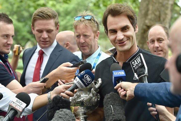 Roger Federer, actual campeón del Abierto de Australia. (Foto Prensa Libre: AFP)