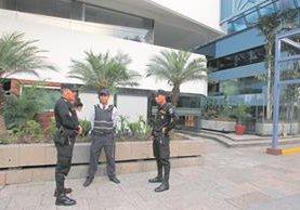 Las oficinas de Aceros de Guatemala fueron intervenidas el 5 de mayo último. (Foto Prensa Libre: Hemeroteca PL)