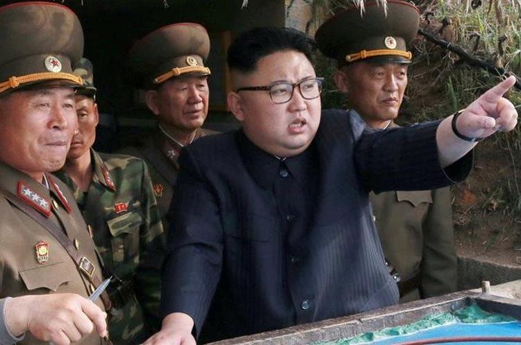 ONU ha emitido con anterioridad varias resoluciones para prohibir al gobierno de Kim Jung Un hacer lanzamientos misiles. (Foto Prensa Libre: EFE)